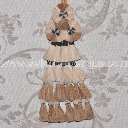 Horsehair mosquero - brown and white