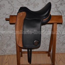 English dresage saddle...
