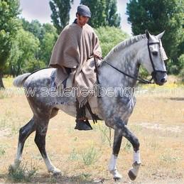 Wool poncho Zaldi
