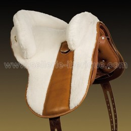 Natural sheepskin cover for saddle Marjoman