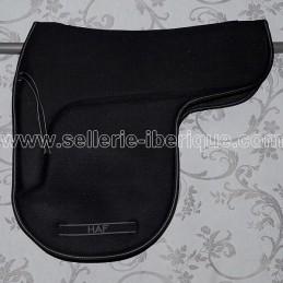Saddle pad dressage in form HAF