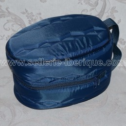 Padded carrying bag for helmet
