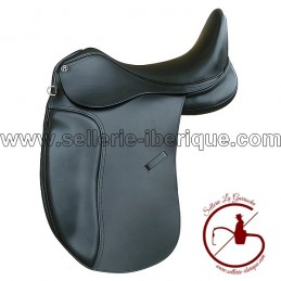 Saddle dressage with interchangeable gullets Omega