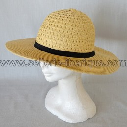 Chapeau en paille modèle 1